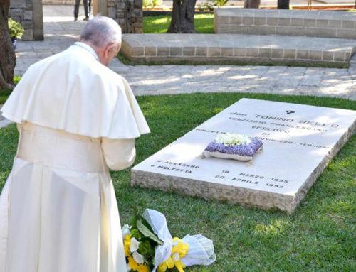 Papa Francesco da Don Tonino Bello