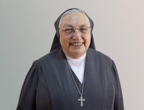 Madre Yvonne Reungoat Officier de la Légion d'Honneur